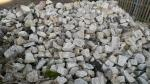 Kostka granitowa z rozbiórki i kamień polny